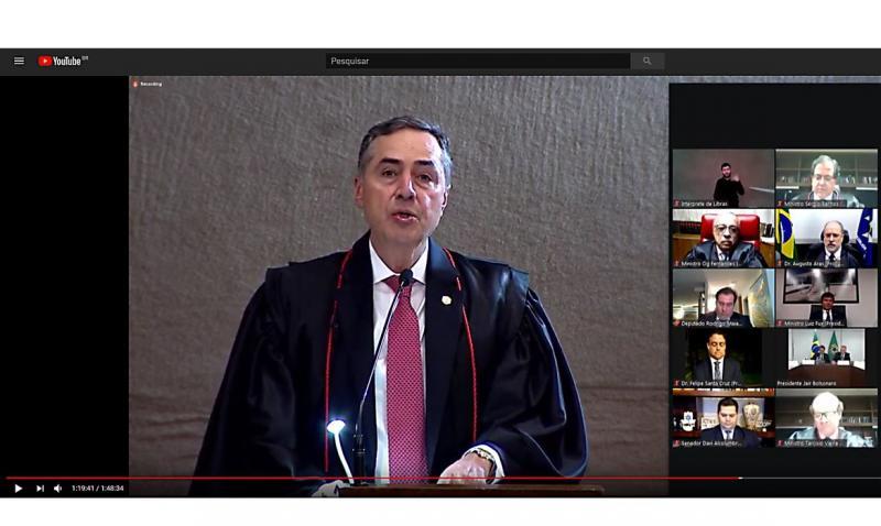 Barroso toma posse como presidente do TSE, em cerimônia virtual