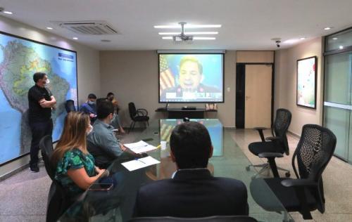 EUA doa mais de 1 milhão de EPIs para o Amazonas