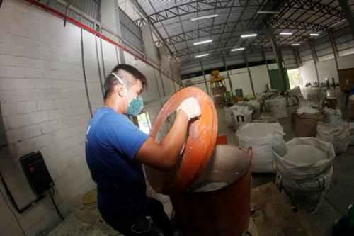 Prefeitura de Manaus libera 2ª parcela do auxílio emergencial de R$ 300 nesta sexta-feira (29)