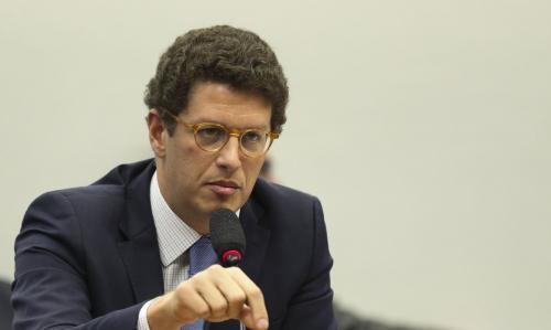 Partidos pedem afastamento de Ricardo Salles