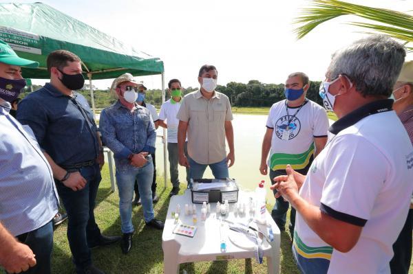 Governador Wilson Lima lança edital para a piscicultura e entrega fomentos ao setor primário