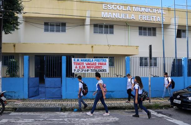 Prefeito de Belém anuncia volta às aulas da rede municipal para o dia 16 de julho
