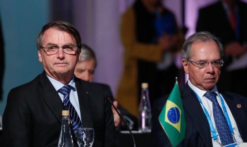 Bolsonaro aceita estender auxílio emergencial, mas limita em duas parcelas de R$ 300
