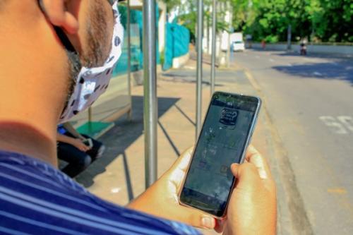 App 'Cadê meu ônibus' oferece opção de recarga de créditos