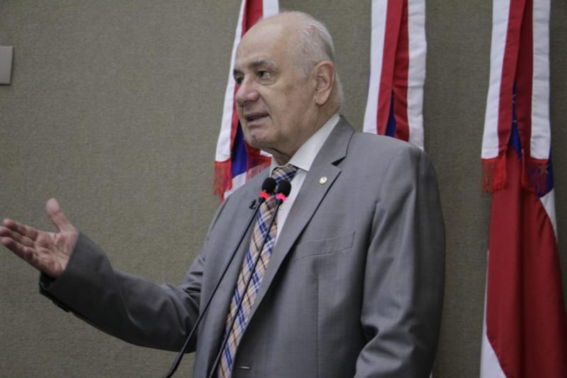 'Não faz sentido querer prorrogar mandatos de prefeitos e vereadores', diz Serafim