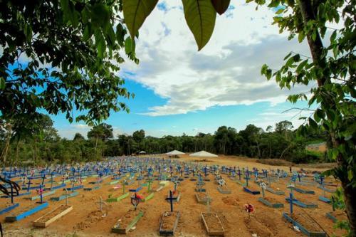 Sepultamentos em junho voltam ao patamar de antes da pandemia, em Manaus