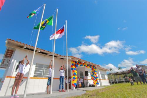 Prefeitura de Parintins inaugura escolas nas comunidades rurais Irmãos Coragem e São João da Nova Esperança