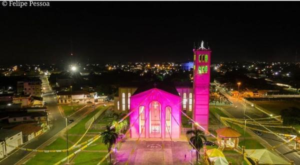 Nos 60 anos da Catedral, Parintins festeja Nossa Senhora do Carmo com missas virtuais