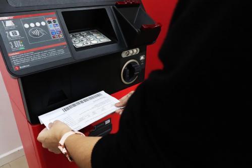 Detran-AM começa a credenciar novos bancos para pagamento de taxas