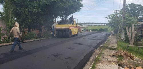 Governo do Amazonas entrega obras do sistema viário de Urucará