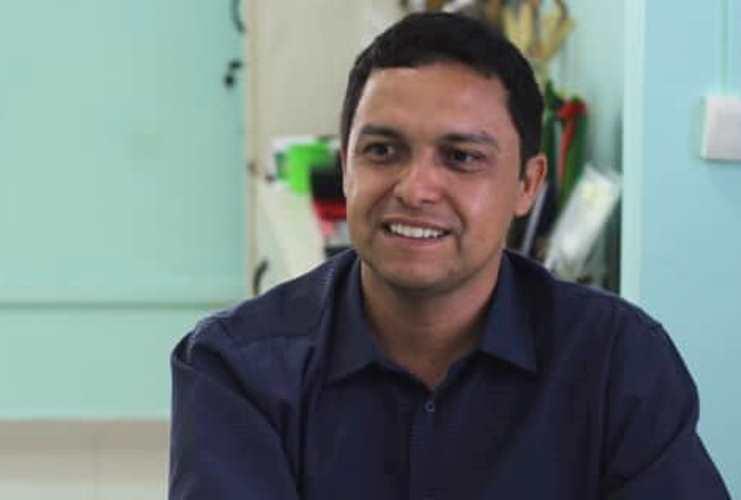 Prefeito de Nova Olinda diz que pagamentos de vantagens a professores foram suspensos a pedido do MPC