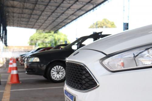 Veículos de outros estados podem ser retidos e multados pelo Detran-AM se não forem transferidos