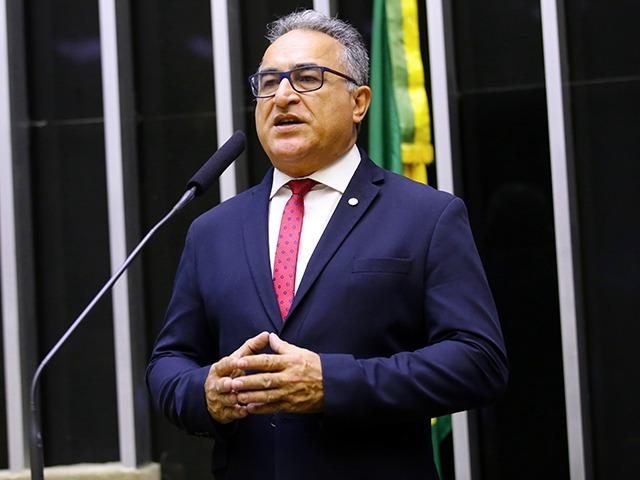 Edmilson Rodrigues, do PSOL, lidera disputa para Prefeitura de Belém, diz pesquisa
