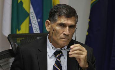 'Dia triste, dor que poderia ser evitada, se houvesse liderança', afirmou general Santos Cruz