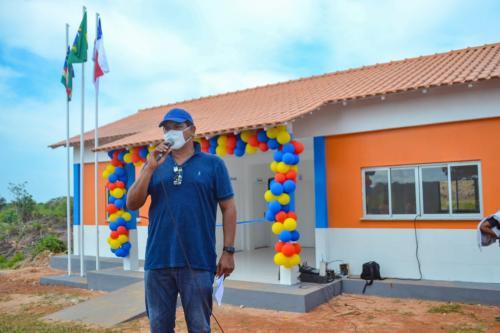 Prefeito de Parintins inicia série de inaugurações na zona rural