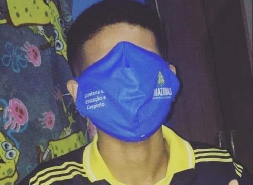 Seduc/AM irá trocar máscaras que cobriram o rosto dos alunos a partir desta segunda (17)