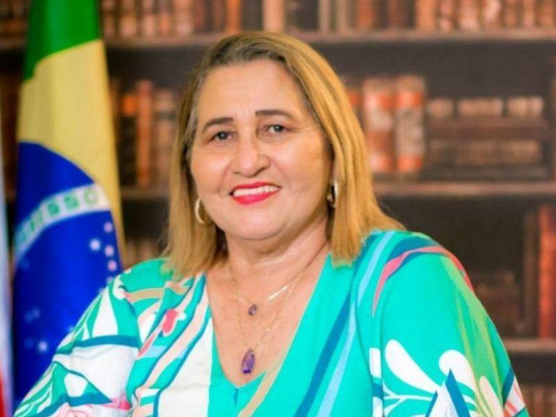 Prefeita de Pauini, Eliana Amorim, na lista dos 'ficha suja' do TCE