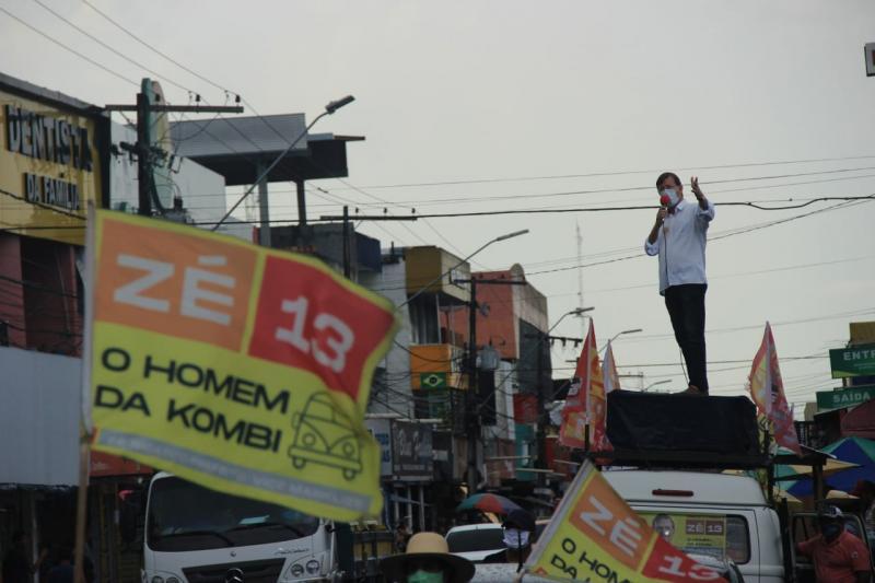 Zé Ricardo promete lotear terras e vender a preços populares, em Manaus