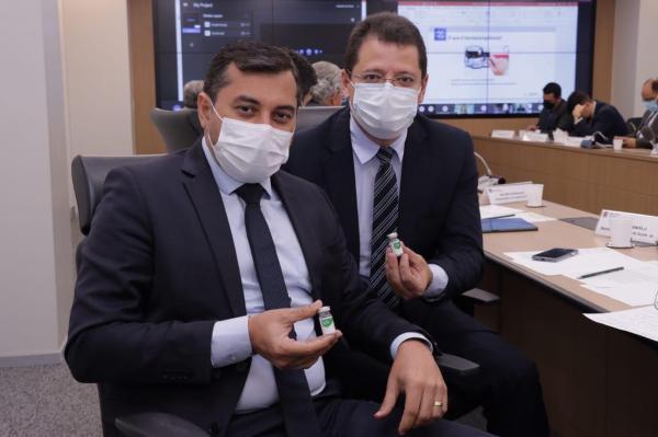 Governador se reúne com ministro da Saúde e trata de estratégias para vacinação contra Covid-19