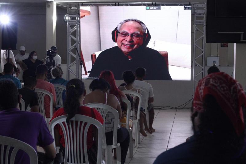 Amazonino vai adotar videoconferência na gestão para diálogo com comunidades