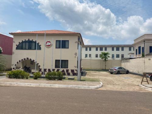 Justiça suspende licitação para serviços de limpeza pública em Humaitá