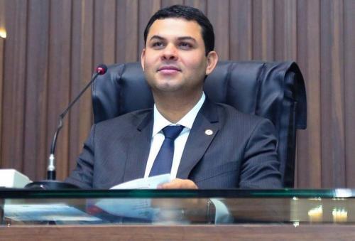 Saullo Vianna diz que está a disposição das autoridades