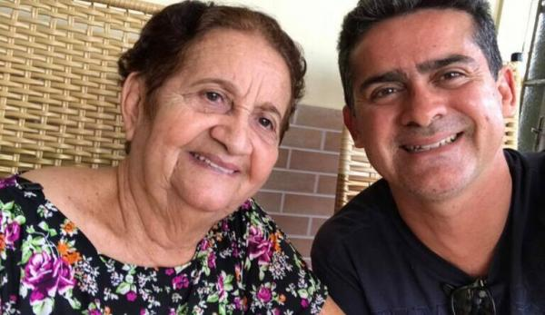 Dona Rosa, mãe de David Almeida, morre de covid-19