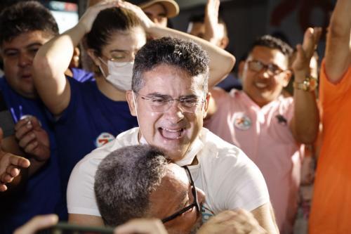 David Almeida vence de virada e é eleito novo prefeito de Manaus