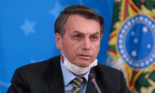 'O Brasil está quebrado, não consigo fazer nada', afirma Bolsonaro