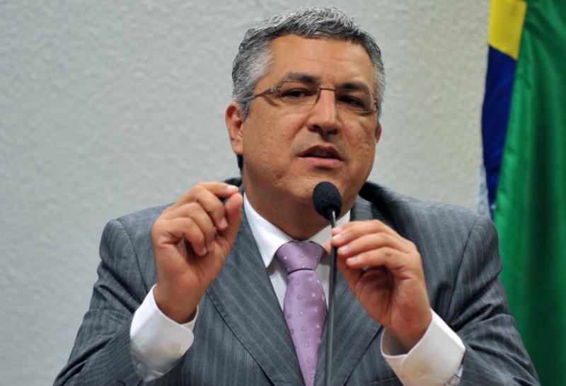 PT pede que STF obrigue governo abastecer Manaus com Oxigênio em 24h