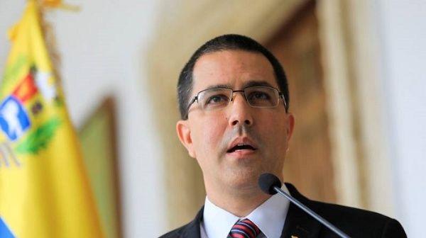 Além de oxigênio, Venezuela oferece a Manaus 107 médicos formados em Caracas