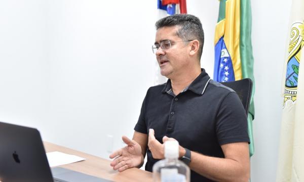 Prefeito de Manaus negocia com a Alemanha para ter usina própria de oxigênio