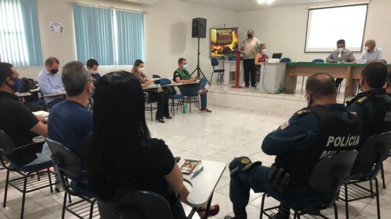 Vacinação contra a covid inicia nesta terça (19), em Santarém, afirma prefeito