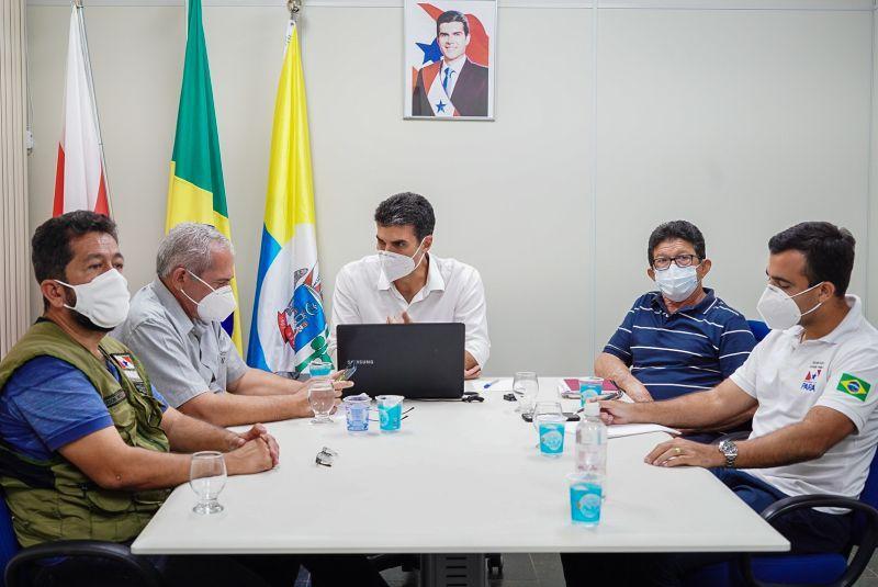 Em Santarém, governador reúne com prefeitos e diz que segunda onda chegou ao extremo Oeste do Pará