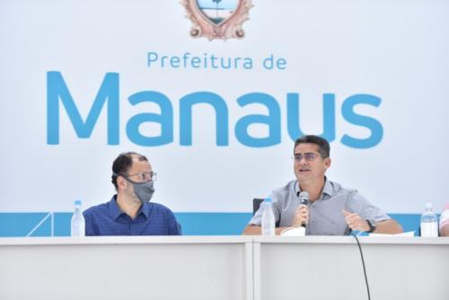 Prefeitura de Manaus recorre à Justiça para vacinar servidores que atuam nos cemitérios