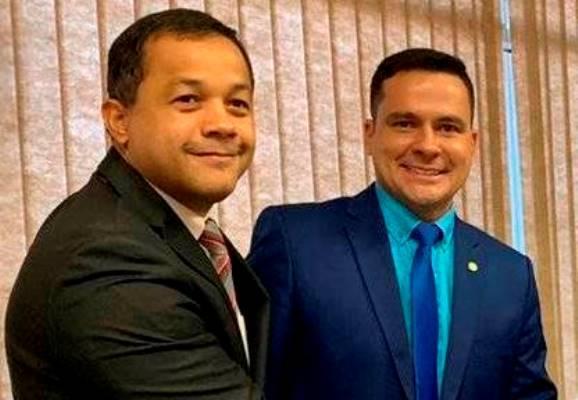 Por 6 votos a 2,bancada do AM vota pela manutenção da prisão de Daniel Silveira
