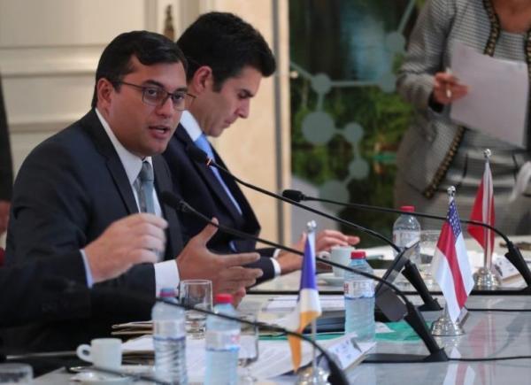 Cansados dos blefes de Pazuello, 16 governadores comprarão vacina direta dos laboratórios