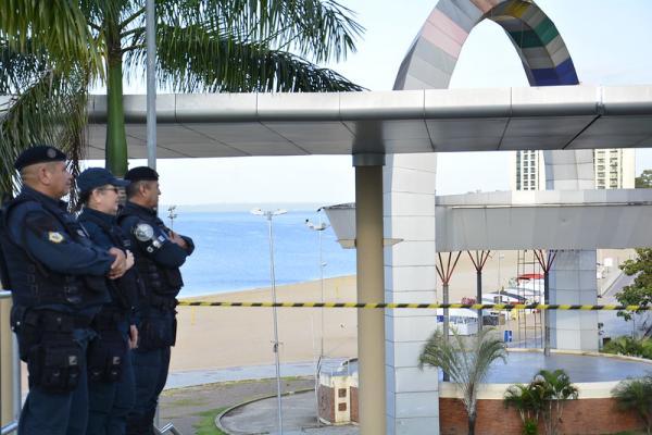 Prefeito prorroga interdição da praia da Ponta Negra, em Manaus, até 15 de março