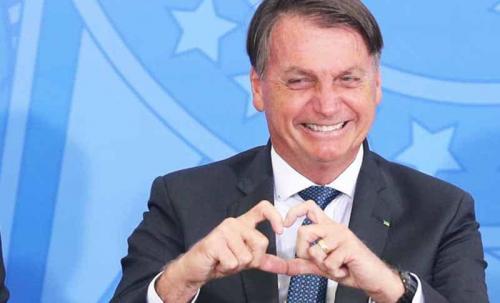 Bolsonaro suspende Lei Rouanet para artistas de cidades que proíbem circulação de pessoas