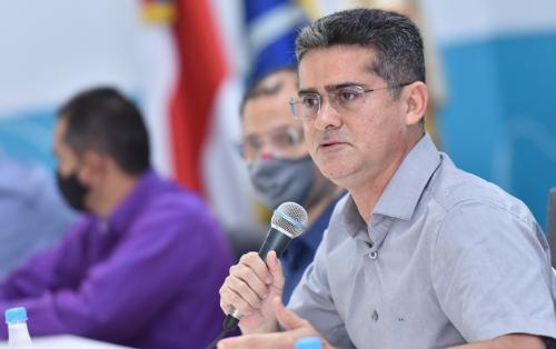 David Almeida é contra medidas do Governo do AM de afrouxar restrições em Manaus