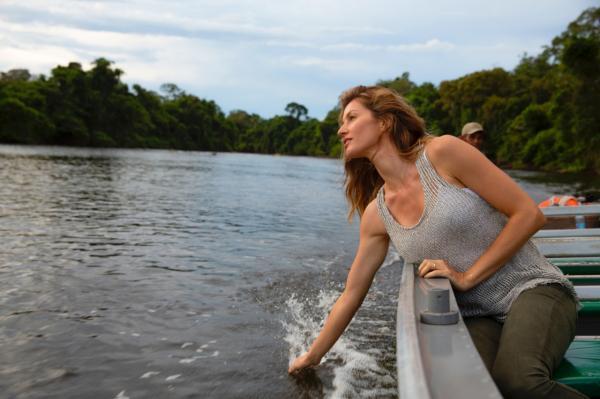Gisele Bündchen é a nova embaixadora da Natura, na Amazônia