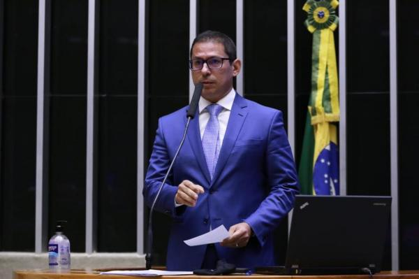 Marcelo Ramos apresenta Projeto para sustar ato do Governo Federal que prejudica polo de eletrônicos da ZFM