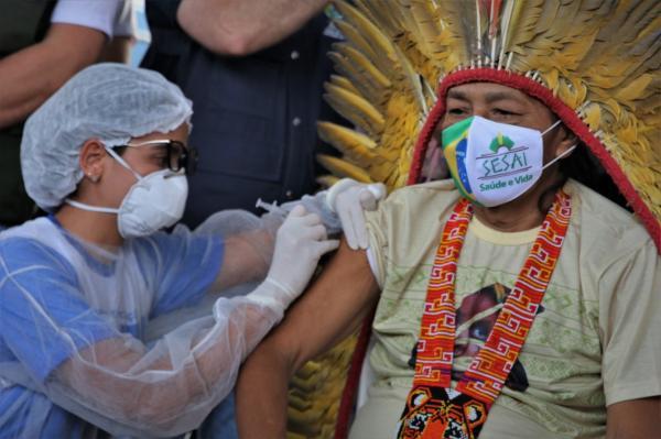 DSEI abre seletivo para profissionais de saúde de Manaus, com salário de até R$ 10 mil