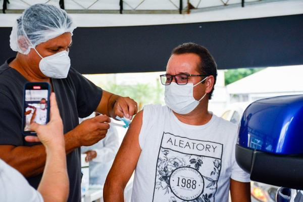 Manaus vacina de 55 a 59 anos, com qualquer comorbidade, a partir de segunda (12)