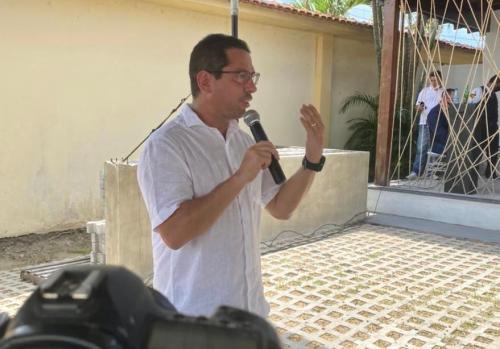 Em encontro com prefeitos, Marcelo Ramos defende reeleição de Omar Aziz