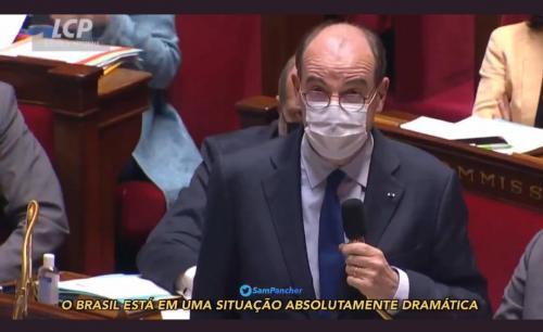 Primeiro-ministro da França provoca risadas ao lembrar que Brasil defende cloroquina