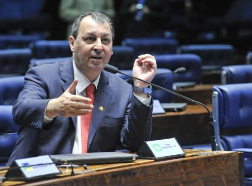 MDB quer Omar Aziz na presidência da CPI da Covid