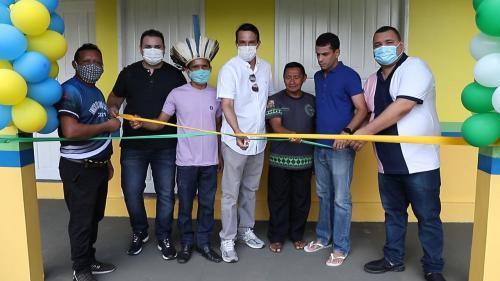 Sete novas escolas são inauguradas na área rural de Maués