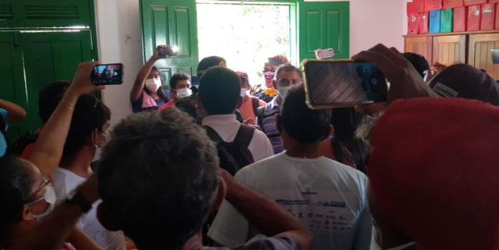 Madeireiros invadem sede do Sindicato dos Trabalhadores Rurais de Santarém