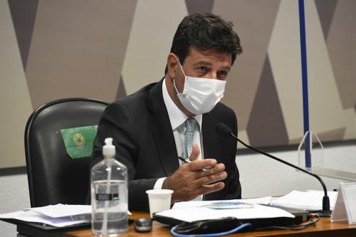 Veja a carta que Mandetta entregou para Bolsonaro em 2020, sobre os riscos da pandemia